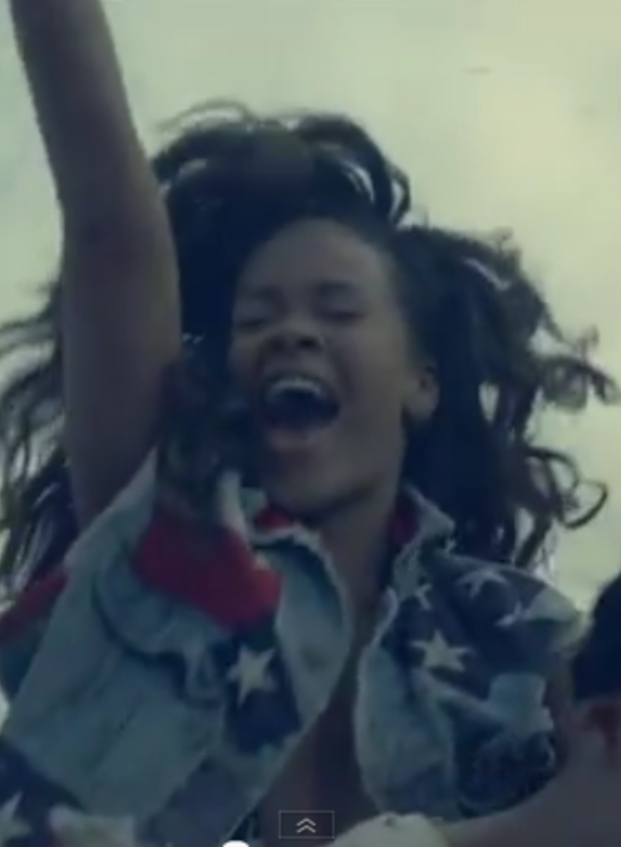 Photographic Moratorium - That New Rihanna Video