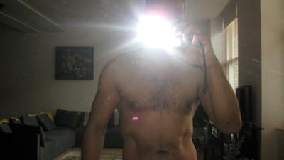 Debutul meu ca prostituată masculină online