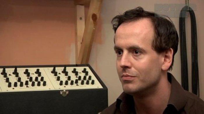 Electric Independence: Ulrich Schnauss