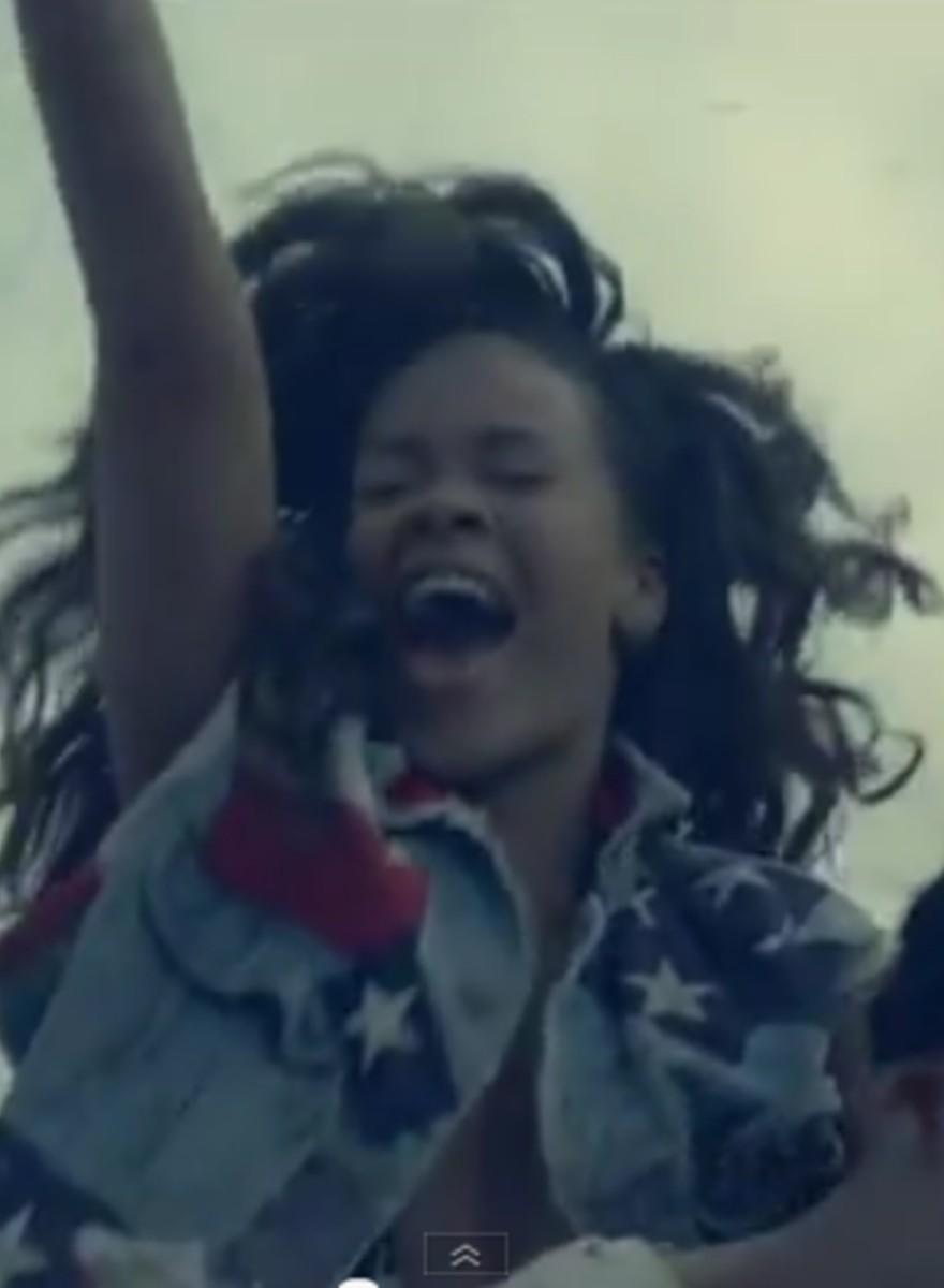 Moratoria Fotografica - Il nuovo video di Rihanna