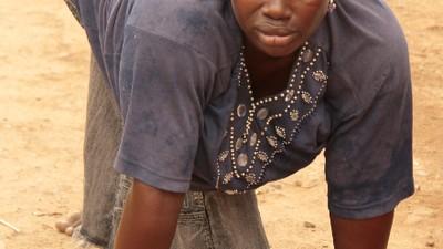Llamada desde Lagos - Tayo Oduntola tiene los (4) pies sobre la tierra