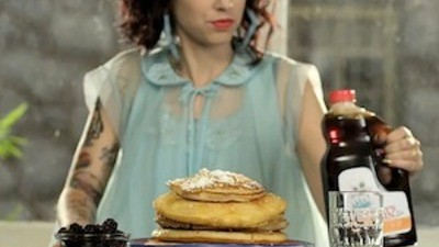 "Behind the Scenes of Kreayshawn's ""Breakfast"" Video"