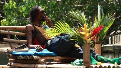 REINCARNATED documentaire trailer met Snoop Dogg