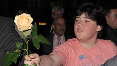 El chico de la rosa y sus amigos