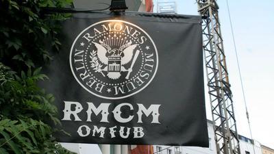Berlin Story: Ramones Museum Versus Cafe Halford