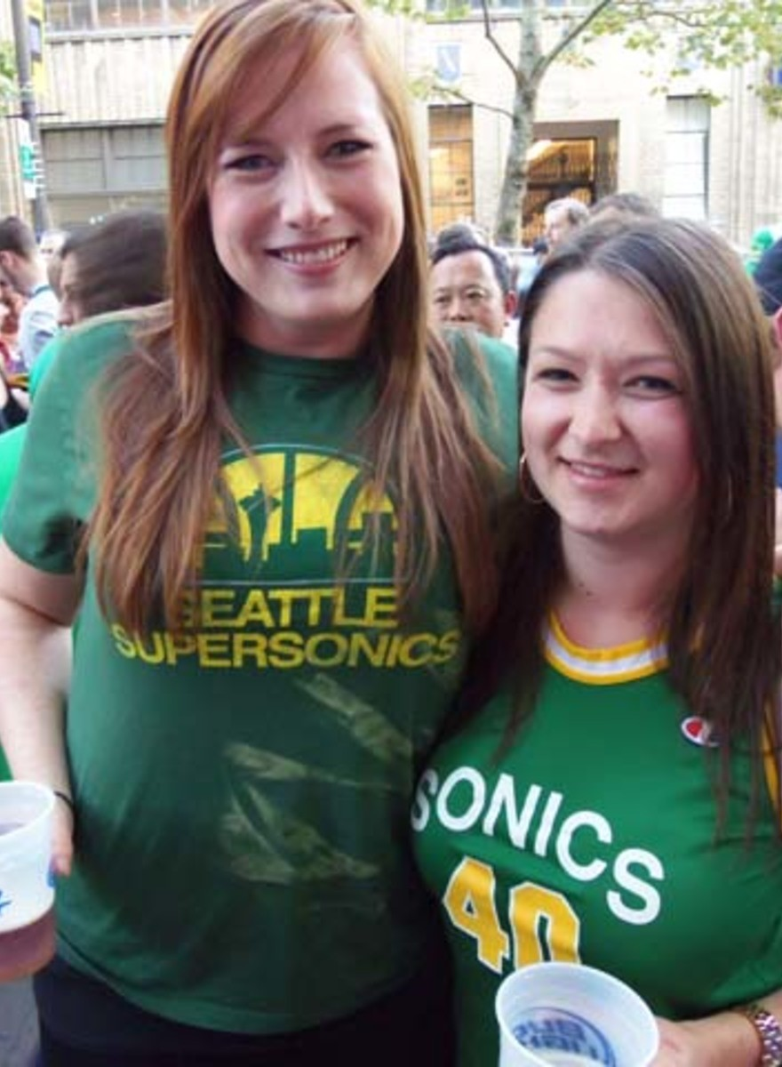 Sonics Fans Are Politely Pumped for Their New Arena