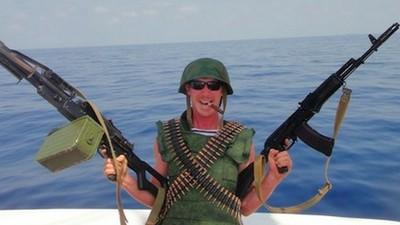 Disparar granadas contra piratas somalíes es lo más divertido que he hecho