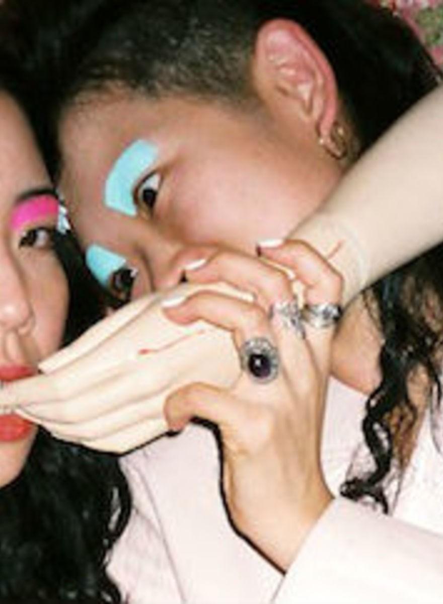 Chicas japonesas y colores pastel