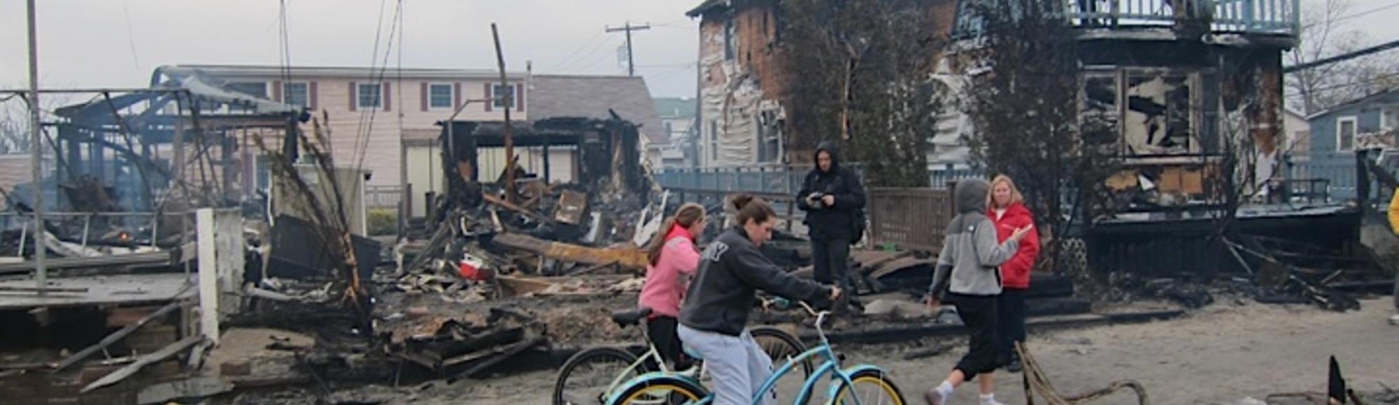 De totale vernietiging van de New Yorkse wijk Breezy Point