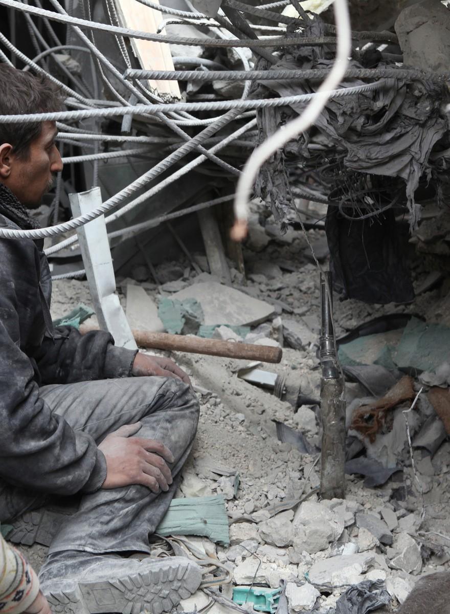 Die Nachwirkungen des Bombenangriffs auf das Lazarett von Aleppo