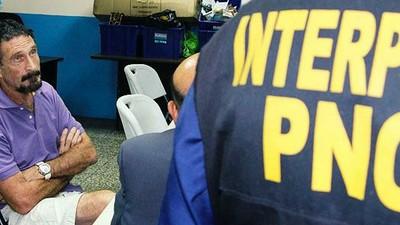 NOTICIA: Material exclusivo del arresto de John McAfee en Guatemala