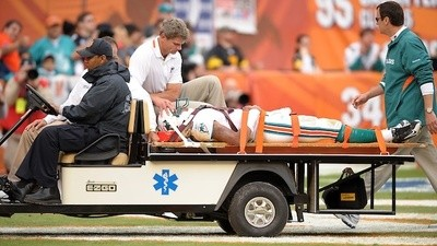Can You Tell the Difference Between an NFL Player and a Car Crash Victim?