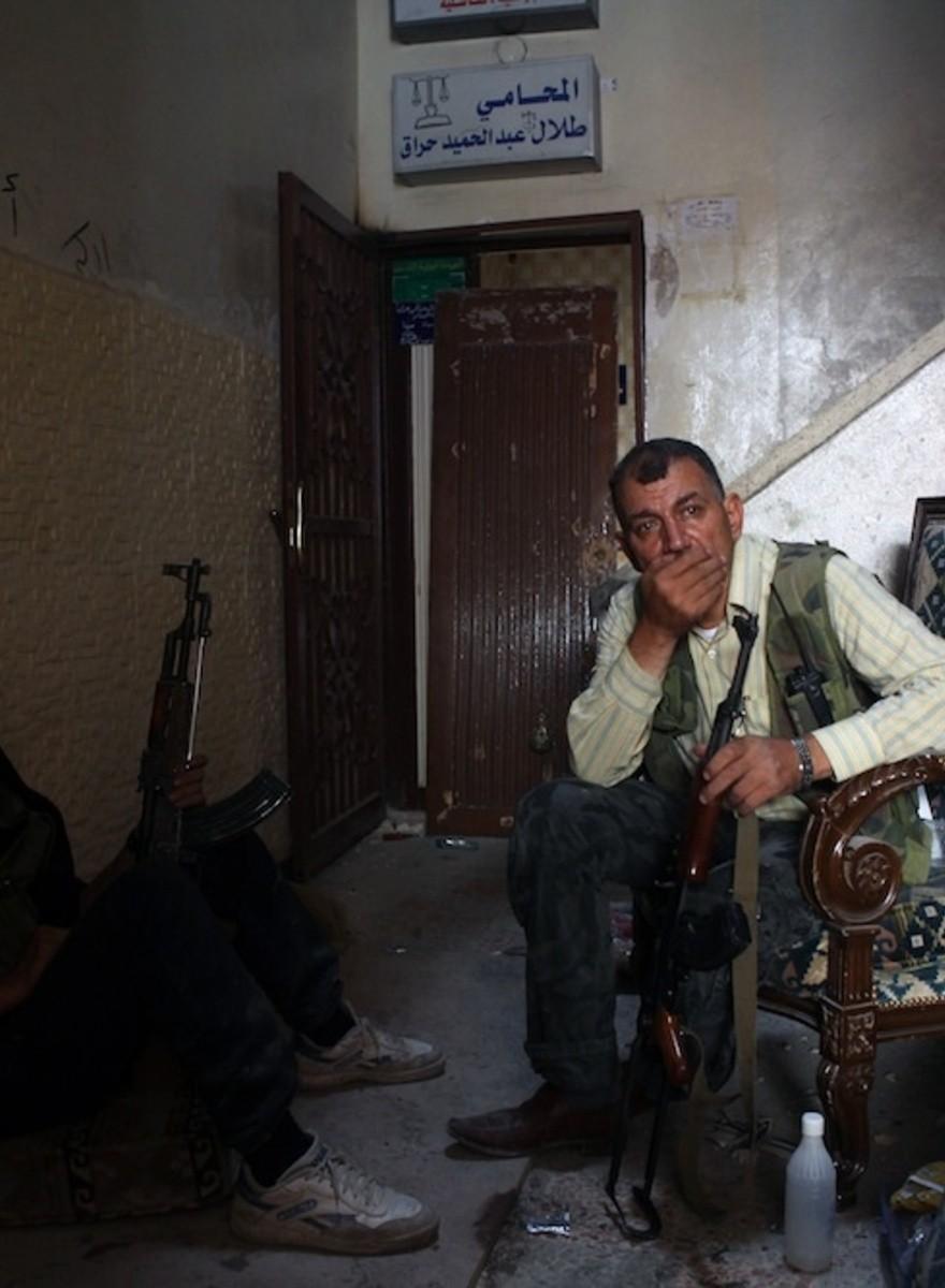 Interviste a disertori delle forze armate siriane