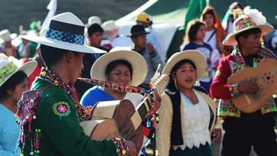 El fin del capitalismo en el Lago Titicaca