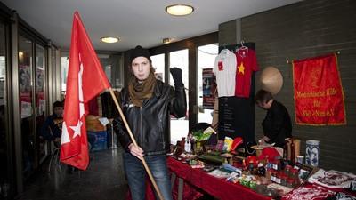 Sind Kommunisten sexistisch und geldgeil?