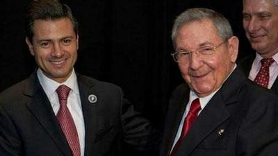 ¿Qué es ser de izquierda? Una pasarela con López Obrador y Raúl Castro