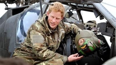 De Britse prins Harry schiet mensen af en doet daar nogal luchtig over