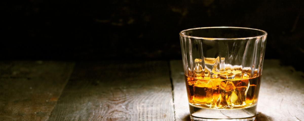 Hoe een baan als nachtportier in een hotel mij veranderde in een schizofrene alcoholist