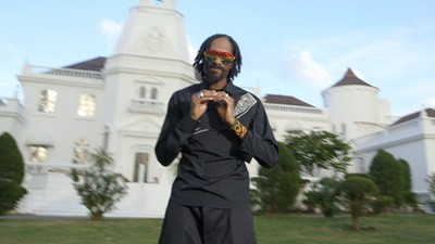 "Snoop Lion Ft. Angela Hunte - ""Here Comes the King"""