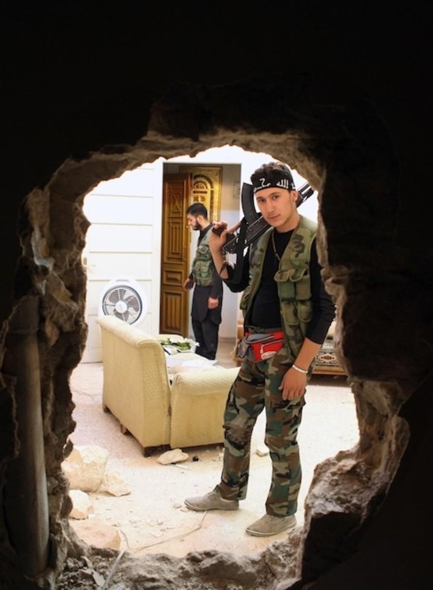 Entrevistas con un coordinador de prensa y un médico en Alepo