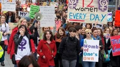 La dura vita delle abortiste irlandesi