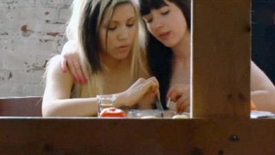 Gina și Leah
