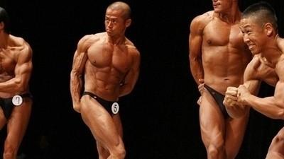Pourquoi tous ces bodybuilders n'admettent-ils pas qu'ils sont gay ?