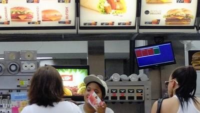 McDonald's está violando las leyes laborales en Brasil