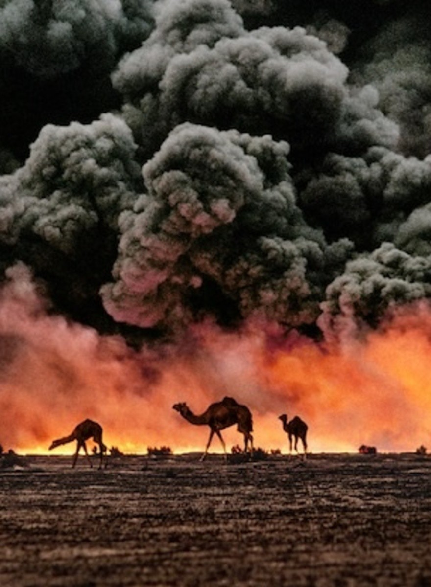 Steve McCurry Photographs the Human Condition