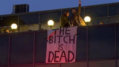 Thatcher e în mormânt, oamenii petrec