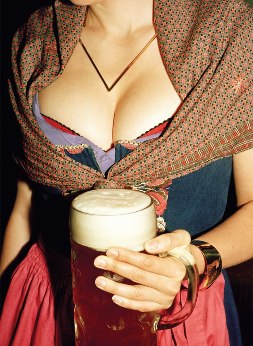 Big Bavarian Boobs & Beers