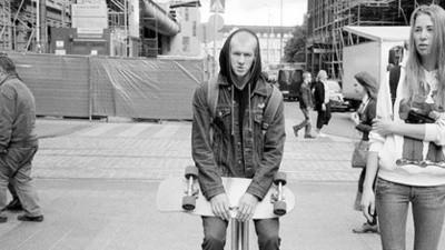 A malta também anda de skate em São Petersburgo