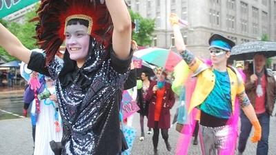 Da muss die Colour Parade noch üben, wenn sie mal Loveparade werden will