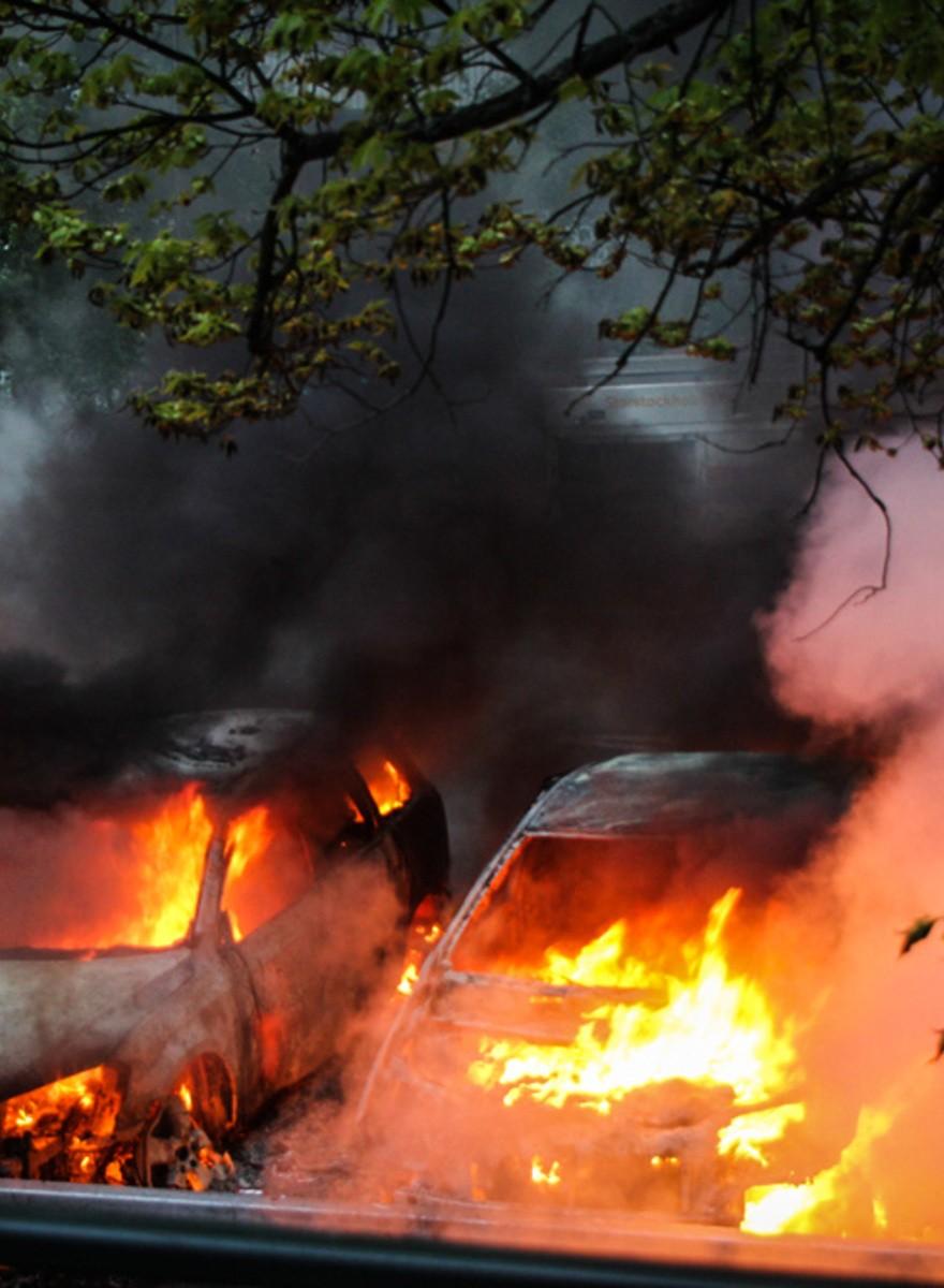 Wir haben Stockholms Vororte in Flammen aufgehen sehen