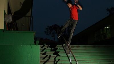 Cuando uno patina está expuesto a caer, lastimarse, torcerse, quebrase y hasta morir