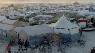 Er is een orgietent op Burning Man