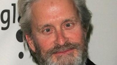 Michael Douglas pilla cáncer por practicar el cunnilingus