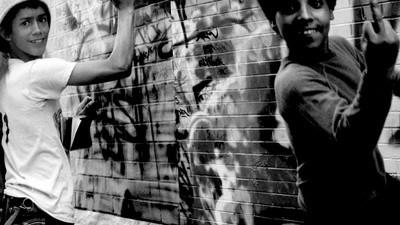 Die Graffitijäger der Bahn werden dich mit Drohnen beobachten