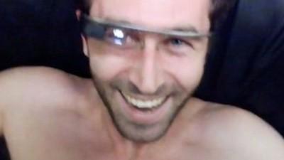 Vi a James Deen hacer el primer vídeo porno con las gafas de Google