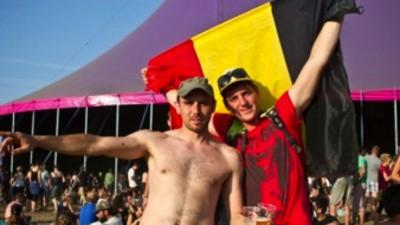 On est allés au festival de Dour pour demander aux Wallons ce qu'ils pensaient des Français