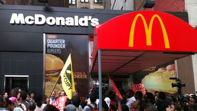 Fast Food Workers Fight for $15 an Hour