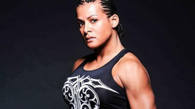 La MMA debe incluir a peleadores transgénero