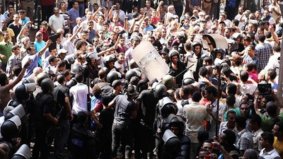 Anti-Coup Protesters Arrested in Cairo