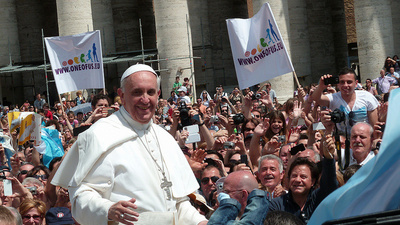 Pope Francis Is Shockingly Good at Social Media