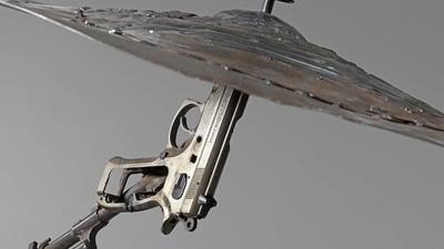 Disarm: Pedro Reyes convierte armas en instrumentos musicales
