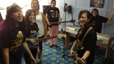 Het rockkamp voor Bahreinse meisjes was het leukste kamp van het jaar
