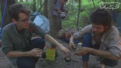Estivemos num acampamento de drogaditos
