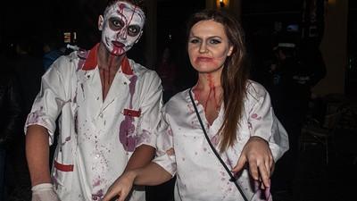 Întrebarea zilei: Tu cât de jalnic te-ai costumat de Halloween?