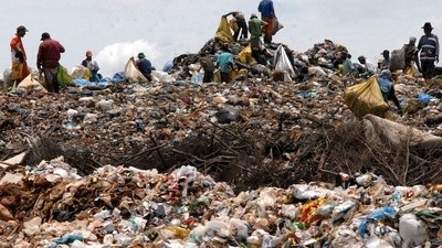 Scientists Are Transforming Garbage and Sewage into Electricity