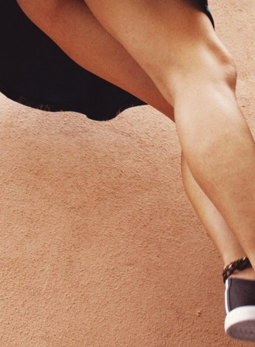 Nur Beine—sonst nichts